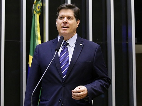 Justiça determina o cancelamento das outorgas de rádios controladas pelo Deputado Federal Baleia Rossi (MDB)