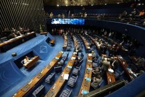 Brasília - Sessão extraordinária do Senado para votar o decreto de intervenção federal na segurança pública do Rio de Janeiro (Fabio Rodrigues Pozzebom/Agência Brasil)