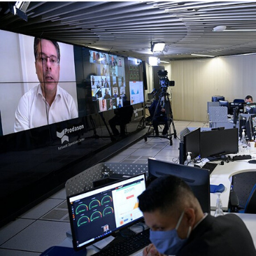 PL das Fake News tem rito acelerado e traz riscos à liberdade de expressão